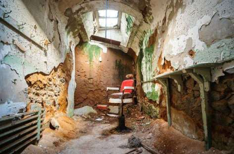 eastern-state-penitentiary-philadelphia-usa-shutterstock_314403905-2_97b355cc39