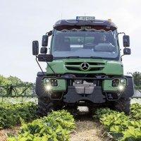 Mercedes-Benz Unimog - rekisteröitävissä traktoriksi