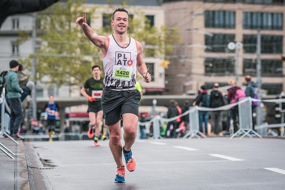 Jeroen running marathon