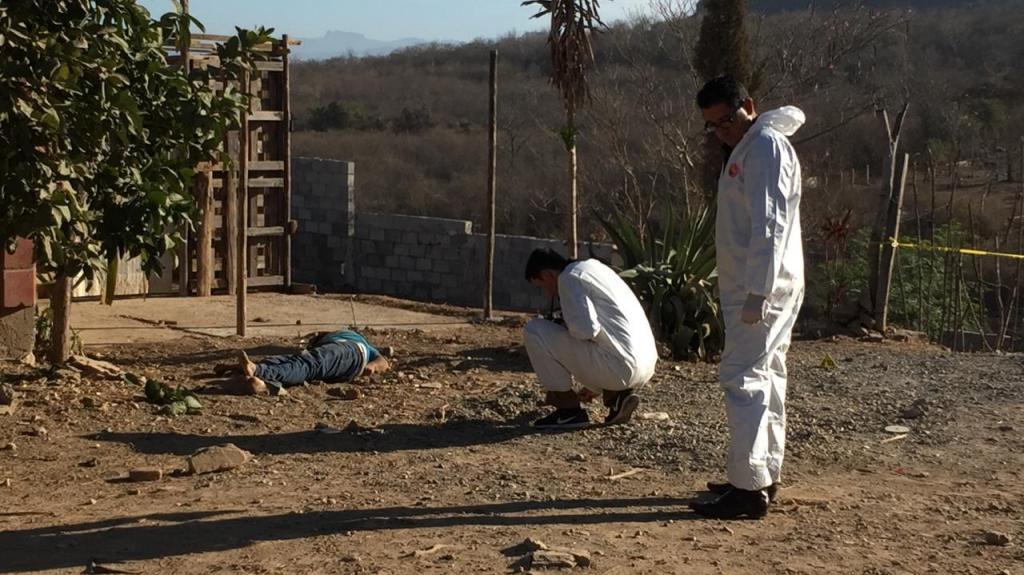 Familia recupera cuerpo en pleno funeral en Elota, SEMEFO lo entregó equivocado