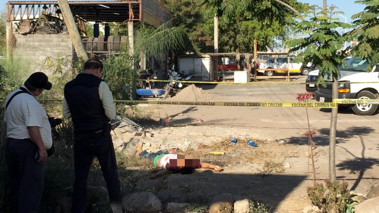 Encuentran a un joven asesinado a balazos en la colonia El Ranchito