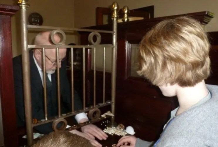 Changing Money in the bank at Blists Hill Victorian Town with Kids www.extraordinarychaos.com