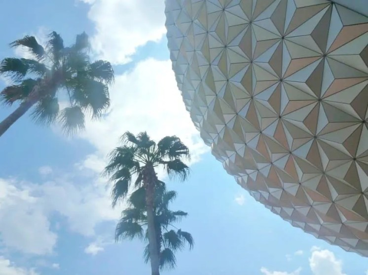 Things To Do At Epcot With Teens www.extraordinarychaos.com