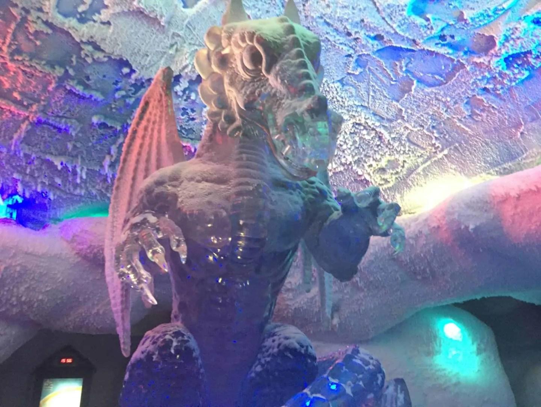 The ice sculpture at ski Dubai www.extraordinarychaos.com