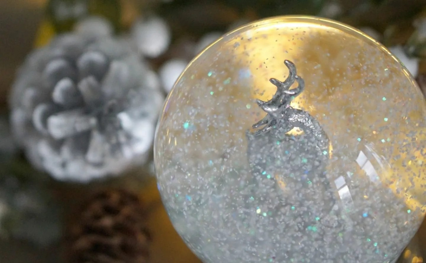 Pretty Festive Touches with Laura Ashely www.extraordinarychaos.com