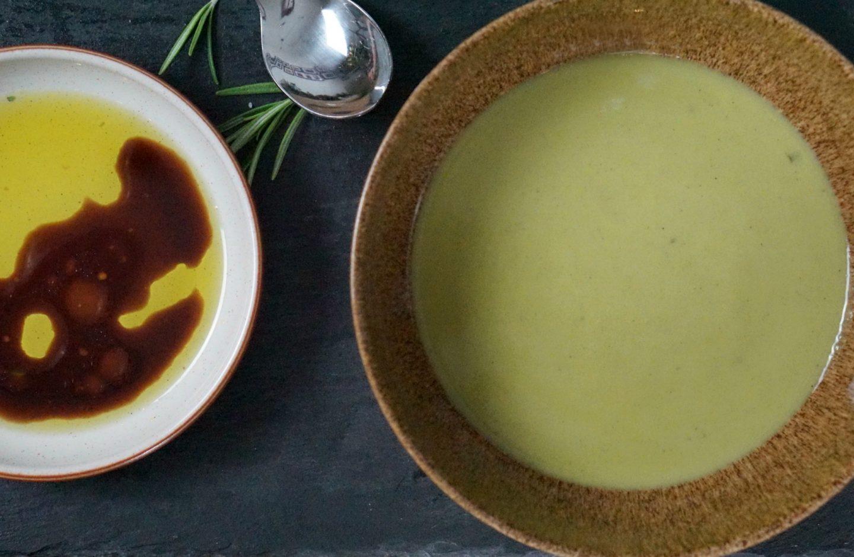 Pea and Mint soup www.extraoradinarychoas.com
