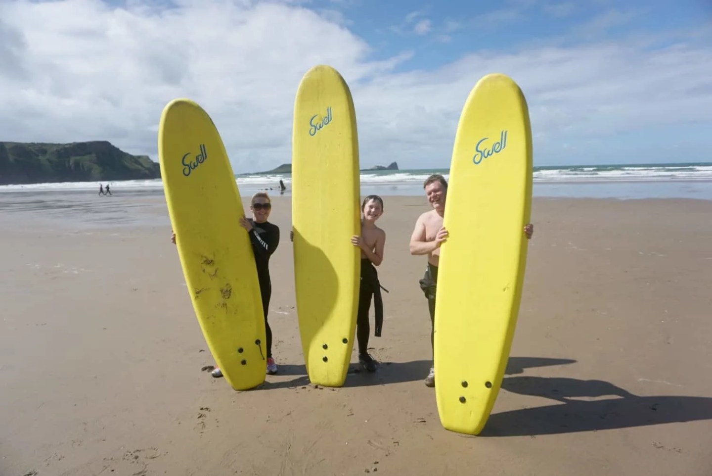 Booking surfing lessons in South Wales www.extraordinarychaos.com