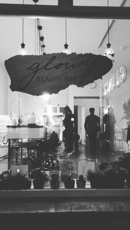Glowy_Beauty_Bar_Berlin