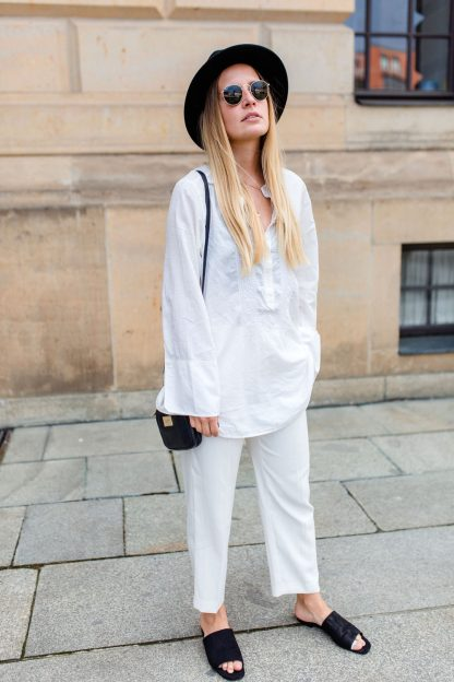 extraschoen_blog_all_white_outfit_portrait_sw_mini