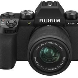 Fujifilm X-S10 +15-45mm Kit, must