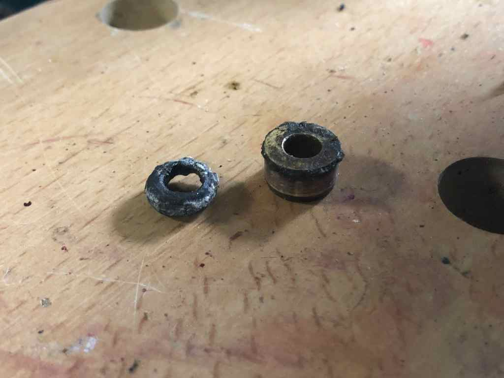 Shift Rod o-ring and Bushing