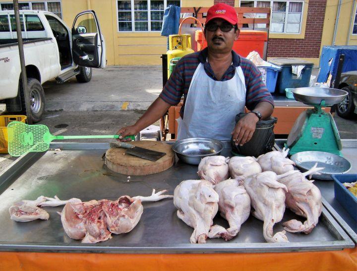 Vendedor de pollos, Karak, Malasia