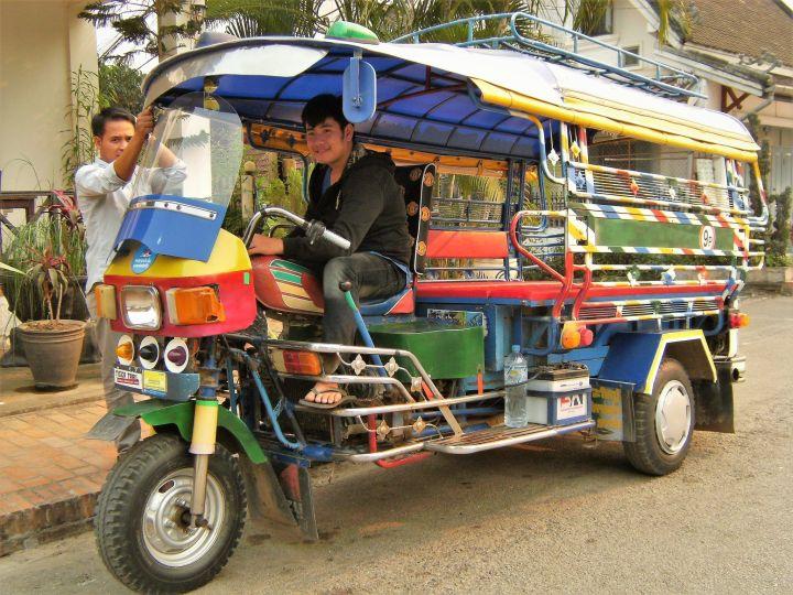 Tuk tuk en Laos