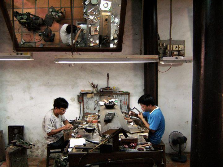 Artesanos vietnamitas