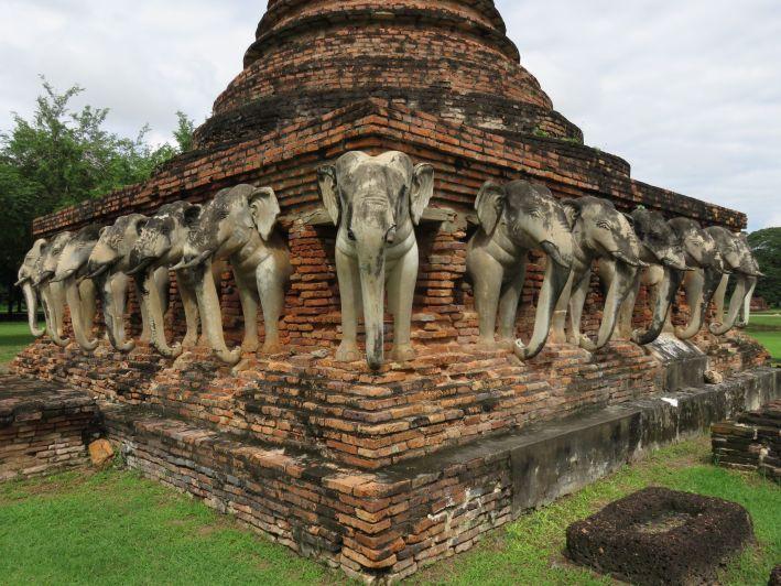 Yacimientos arqueológicos de Ayutthaya y Sukhothai