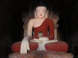 Budas en Templo Tha Kya Bon, Bagan