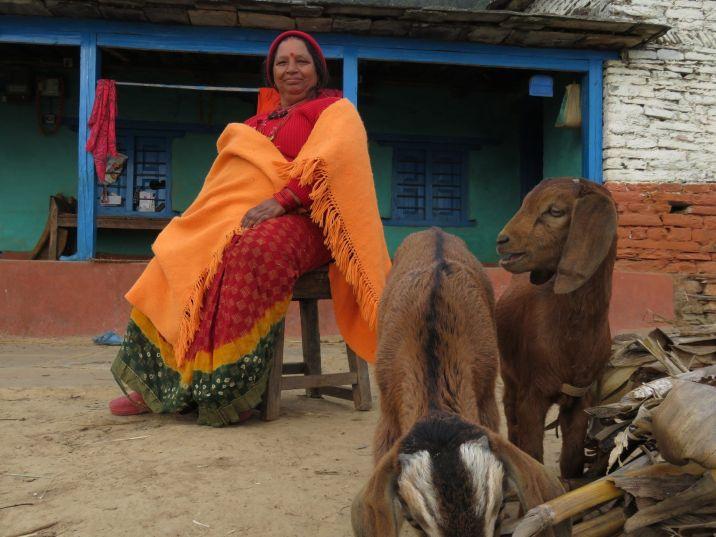 Mujer en Annechaur, Nepal