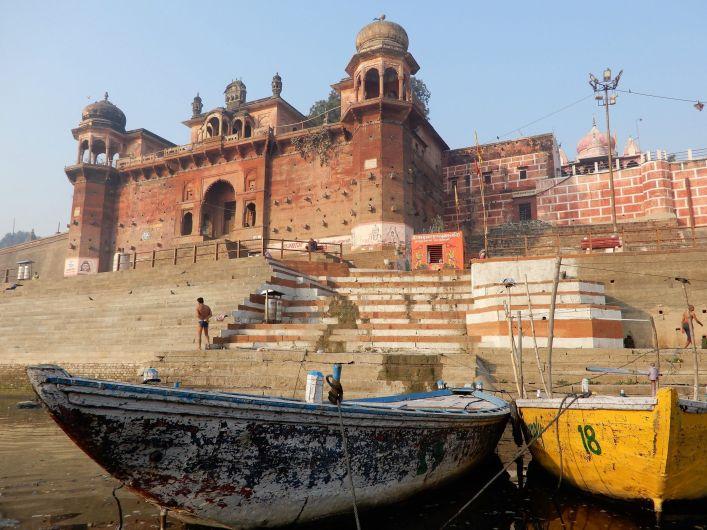 Palacio deshabitado en Benarés, Varanasi, India