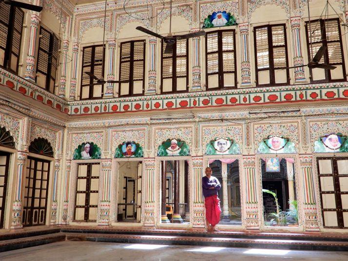 Encargado de áshram, Benarés, Varanasi, India