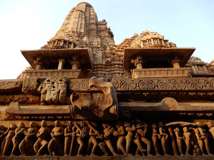 Lakshmana Temple, Western Group, Khajuraho