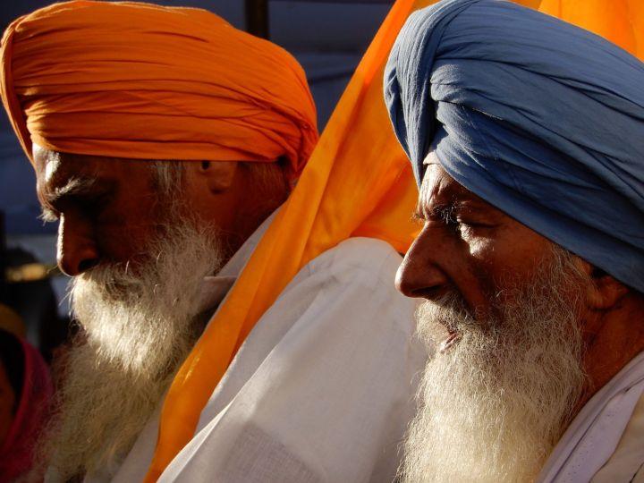 Oficiantes, Templo Dorado Golden Temple, Amritsar, India