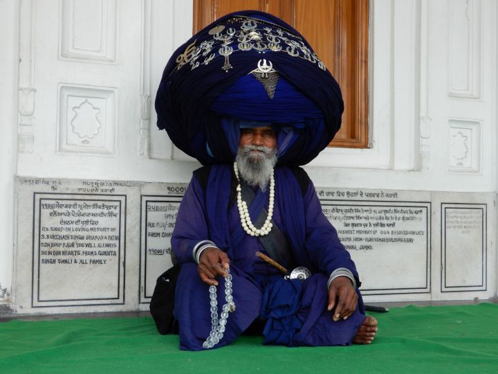 Peregrino turbante ancho, Templo Dorado Golden Temple, Amritsar, India