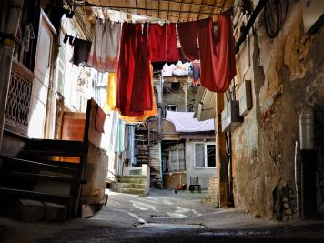Georgia, Tbilisi, Patio interior