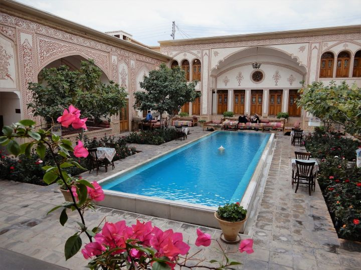 Mahinestan Baheb, Kashan, Iran