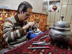 Repujado de metal, Isfahan, Iran