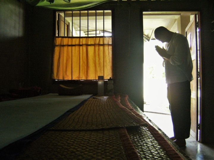 Meditación Vipassana en Suan Mokkh