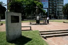 Monumento a Yemanjá, Playa Ramírez, Montevideo, Uruguay, 27/11/2011