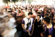 Promessantes na Procissão do Senhor dos Passos, noite de 15 de março de 2014. São Cristóvão-SE
