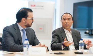 singapore-corporate-events-photography-round-table-discussion-wespac-15