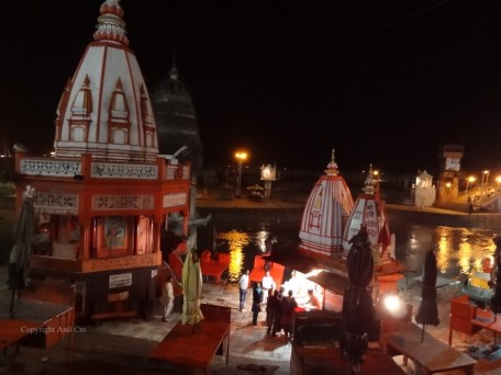 Har Ki Pauri is a famous ghat on the banks of the Ganges in Haridwar in Uttarakhand state in India. This revered place is the major landmark of the holy city of Haridwar