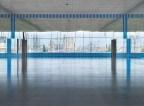 « La Ville empruntée, multipliée et fragmentée », travail in situ (mai 2011), « Échos » Centre Pompidou-Metz, Metz, France, 6 mai - 9 septembre 2011. Détail. © Daniel Buren / ADAGP, Paris