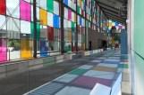 Comme un jeu d'enfant — première partie, in « Daniel Buren. Comme un jeu d'enfants, travaux in situ », Musée d'Art moderne et contemporain, Strasbourg, France, 14 juin 2014 – 4 janvier 2015. © Daniel Buren / ADAGP, Paris. Détail.