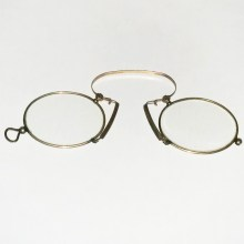 Gold plated pince-nez eye glasses