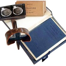 Holmes_stereoscope_with_cards-2