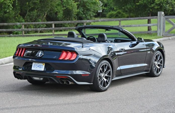 2021 ford mustang convertible ecoboost hpp rear