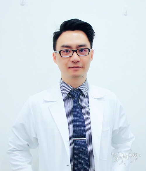 醫師介紹 – 展欣眼科診所