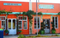 Bright, cheerful semi-detached stores in Northwood Village, West Palm, Florida