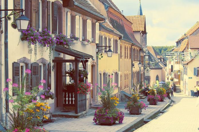 AD-Fairy-Tale-Villages-24