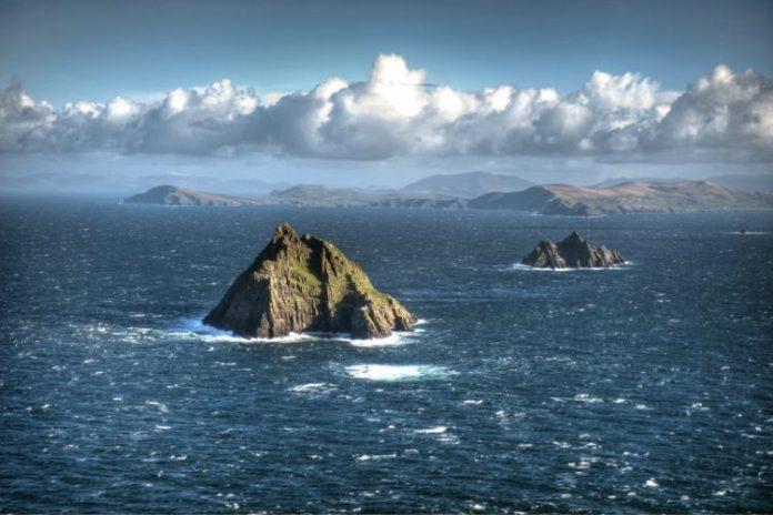 AD-Heres-Why-You-Definitelt-Need-To-Visit-Ireland-09