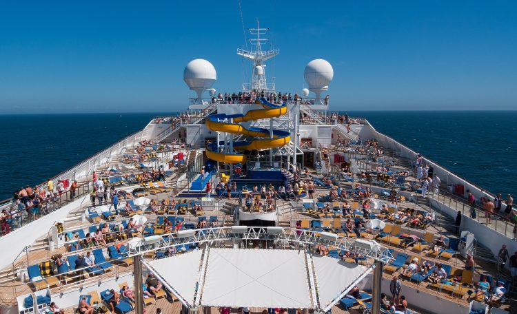 cruise-1236642_1920