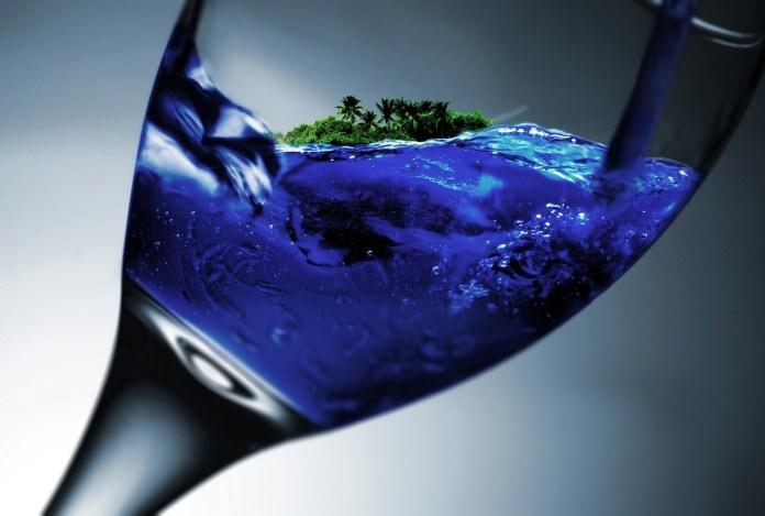 glass-845853_1920