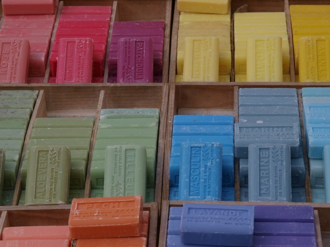 soap-862389_1920