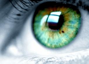 green reflection eye