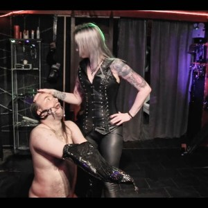 img 20170724 083655 656 300x300 - Diary : Filming With Mistress Aleera