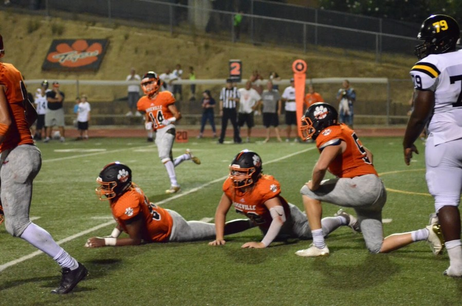 The Tigers lost the game 28-20 against Rio Linda. (RACHEL BARBER/EYE OF THE TIGER)
