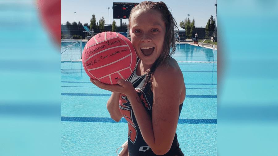 Senior+sets+new+water+polo+record